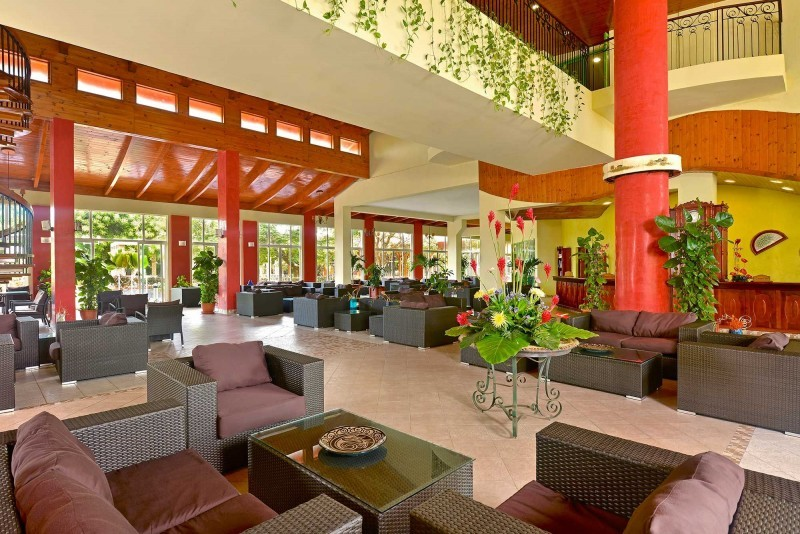 Iberostar Tainos Hotel Lobby