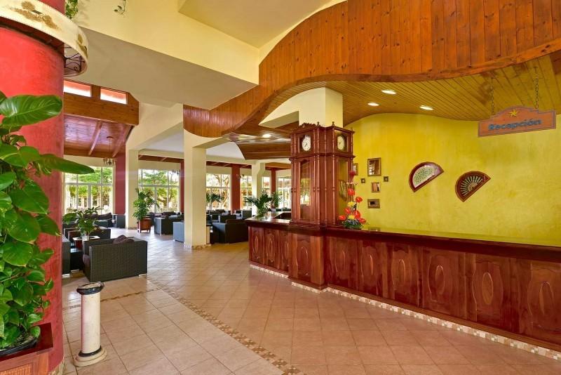 Iberostar Tainos Hotel Reception