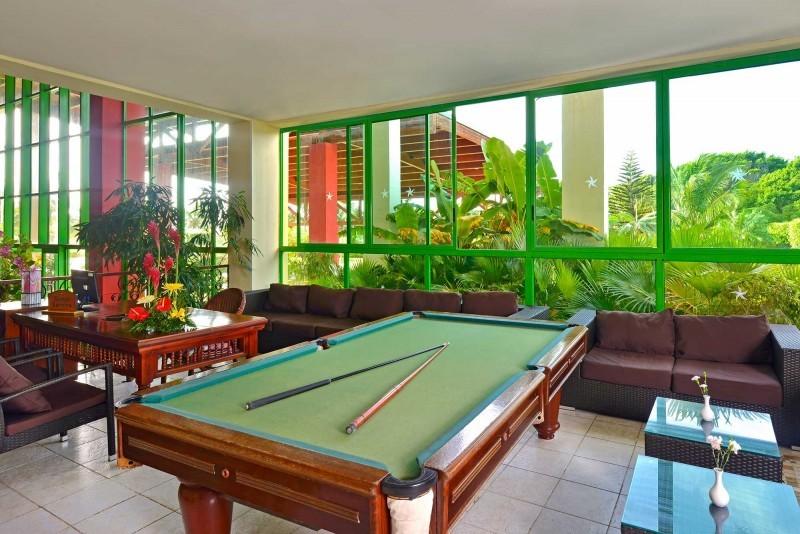 Iberostar Tainos Pool Room