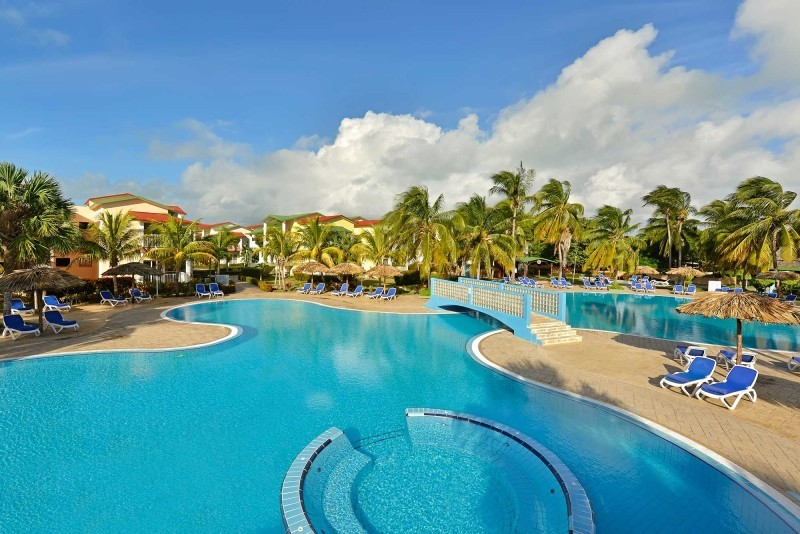 Iberostar Tainos Swimming Pool