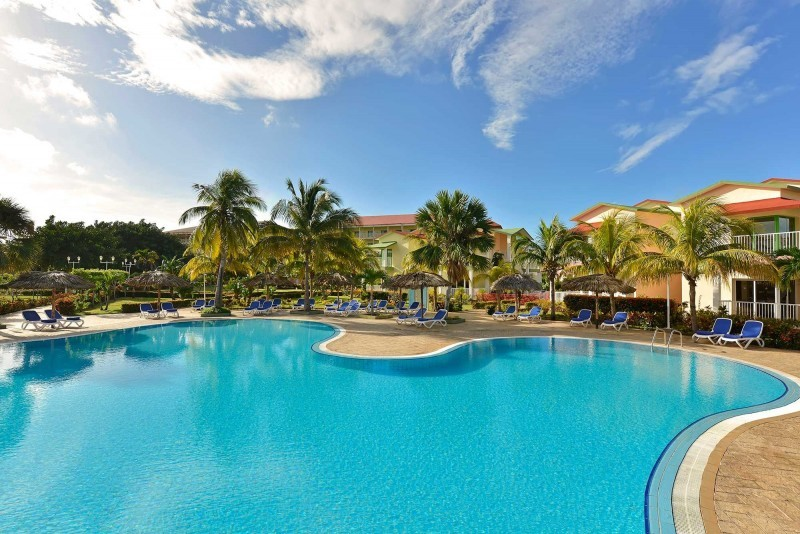 Iberostar Tainos Swimming Pool With Rooms