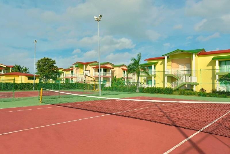 Iberostar Tainos Tennis Court