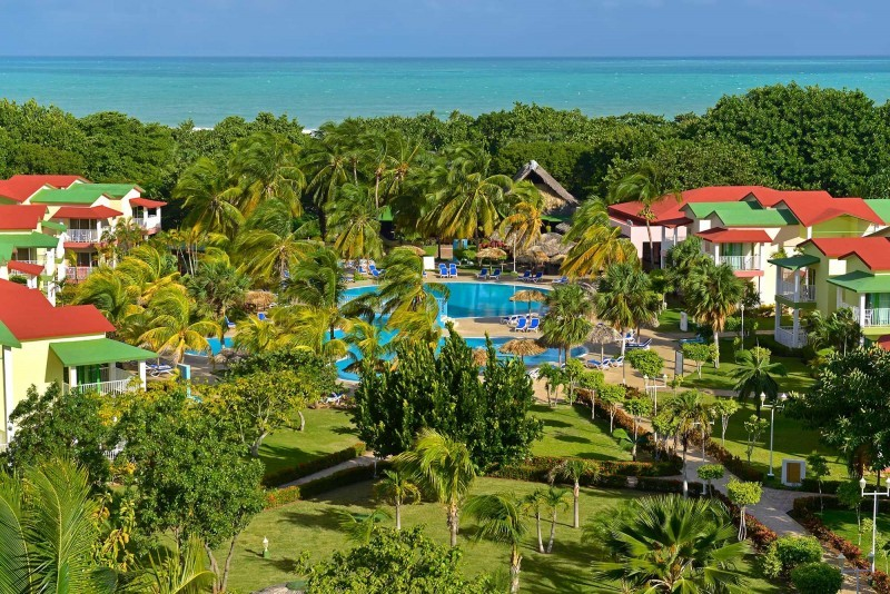 Iberostar Tainos Varadero aerial view of pool