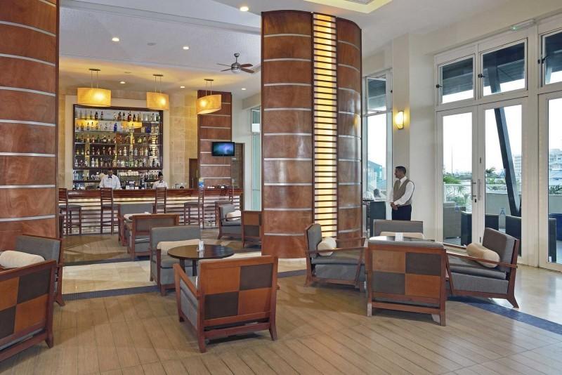 Melia Marina Lobby Bar