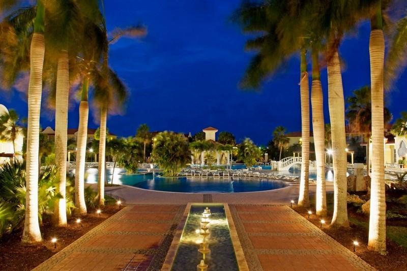 Paradisus Princesa del Mar Hotel At Night