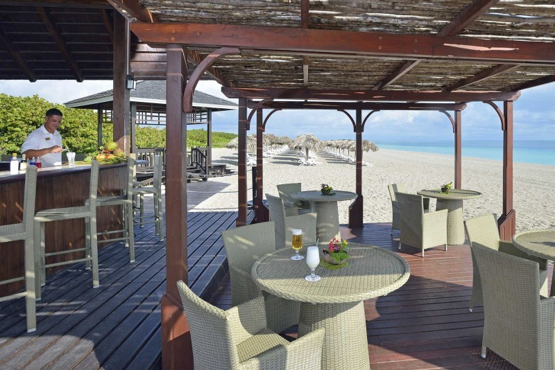Paradisus Princesa del Mar Royal Service Beach Bar
