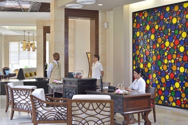 Paradisus Princesa del Mar Royal Service Lobby Bar Reception