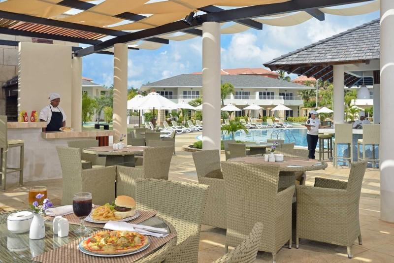 Paradisus Princesa del Mar Royal Service Pool Bar