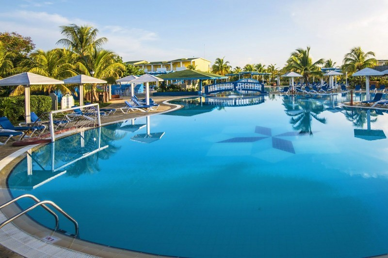 Playa Coco, Cayo Coco & Cayo Guillermo pool view