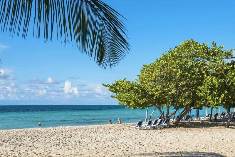 Playa Coco Hotel Beach
