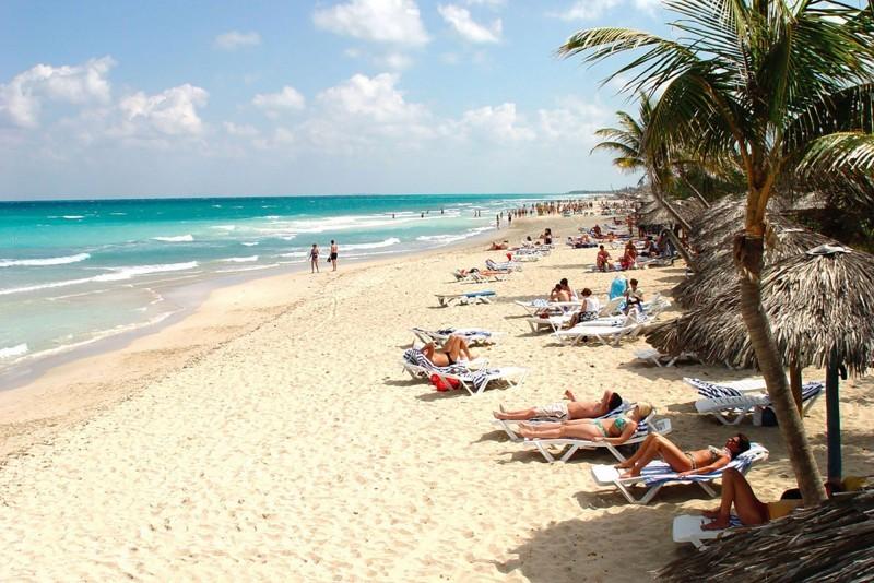 Roc Arenas Doradas Beach