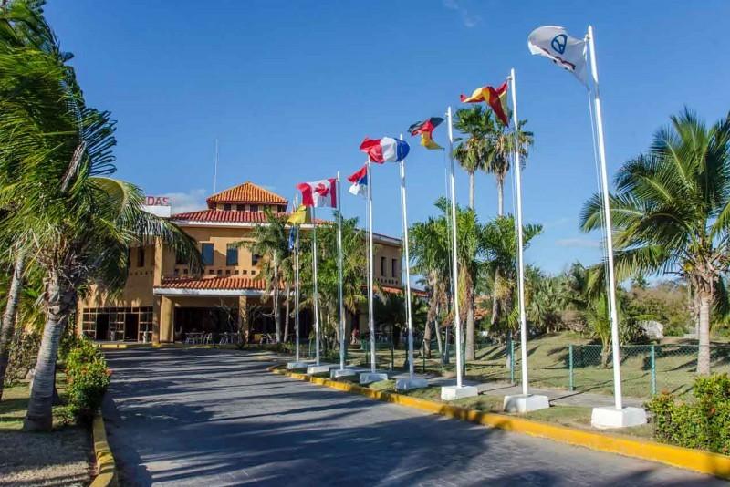 Roc Arenas Doradas Hotel Entrance