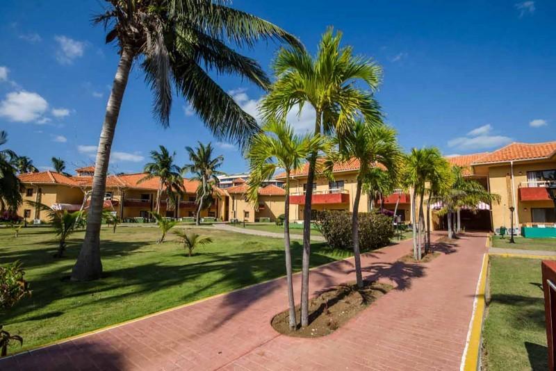 Roc Arenas Doradas Hotel Grounds