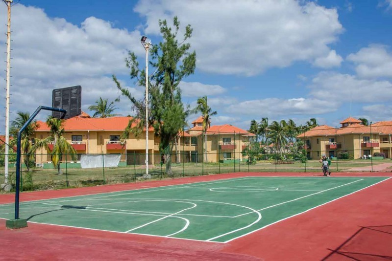 Roc Arenas Doradas Outdoor Sports Area