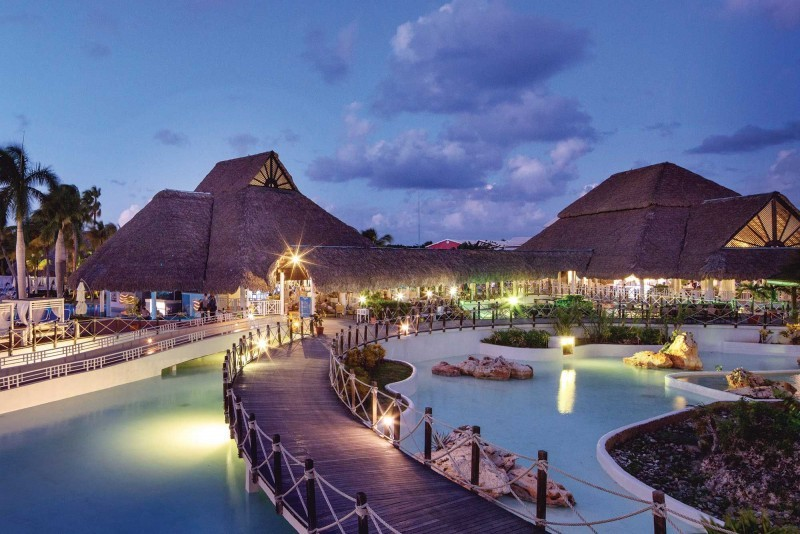 Royalton Hicacos Varadero Resort At Night