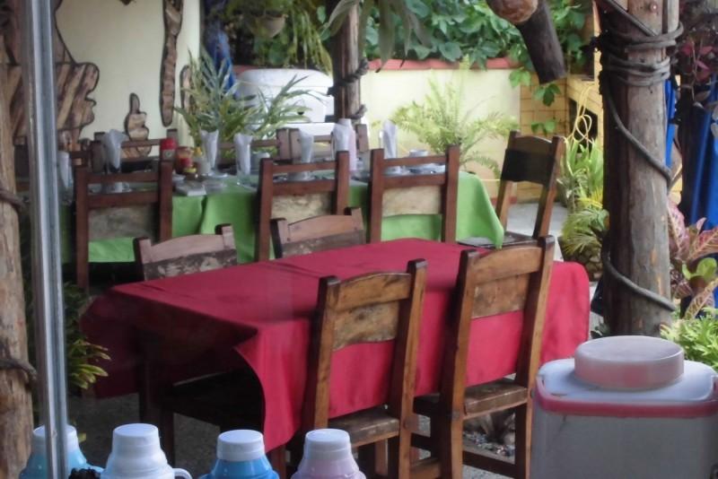Jorge y Ana Luisa Dinning Area