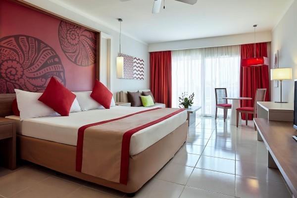 Pullman Cayo Coco Junior Suite Bedroom