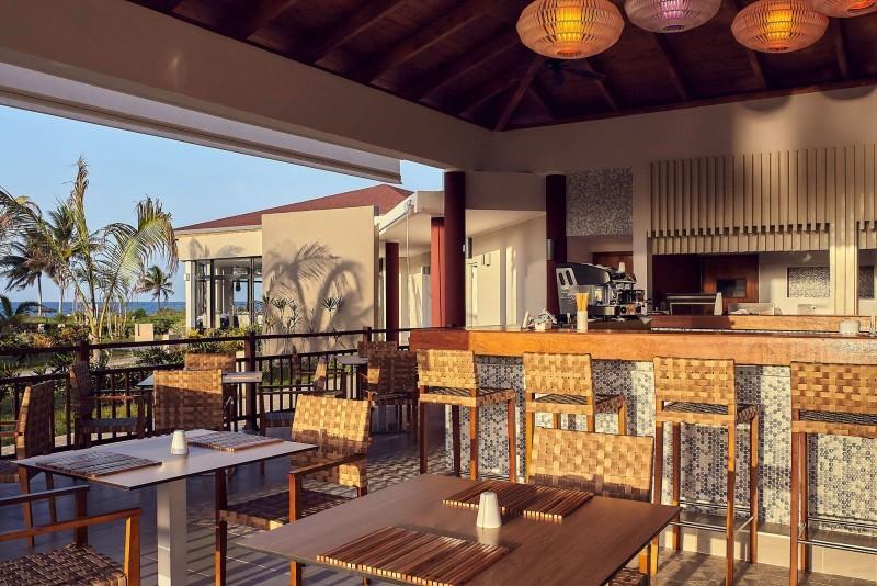 Pullman Cayo Coco Pool Restaurant