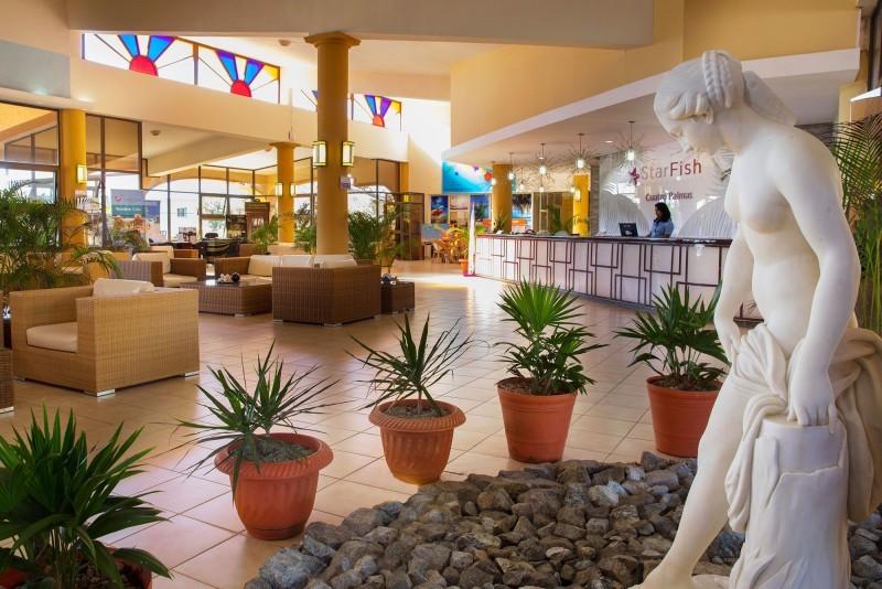 Starfish Cuatro Palmas Hotel Lobby
