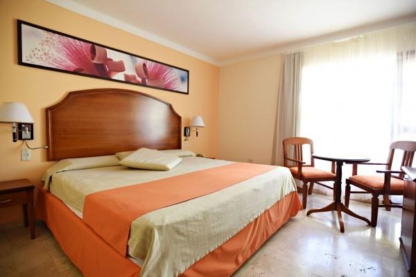 Starfish Cuatro Palmas Standard Room