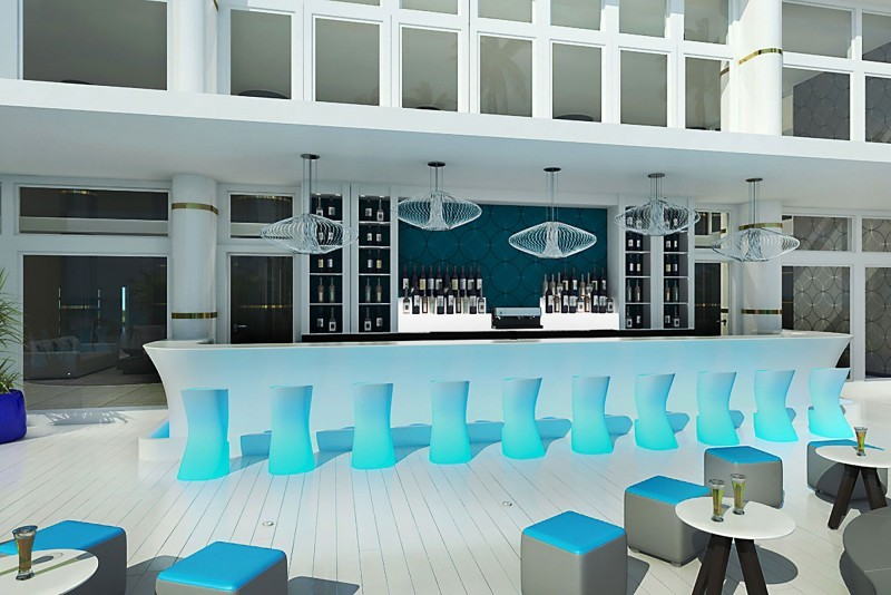 Melia Internacional Hotel Blue Sky Bar