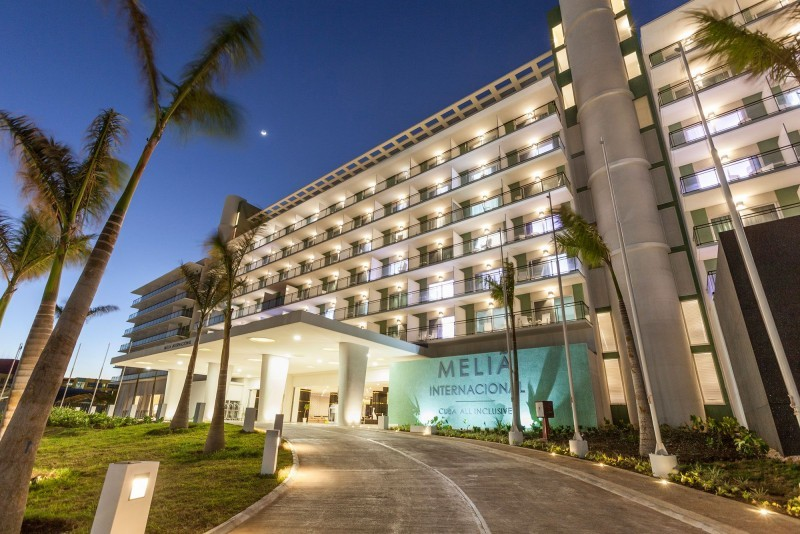 Melia Internacional Hotel Entrance Evening