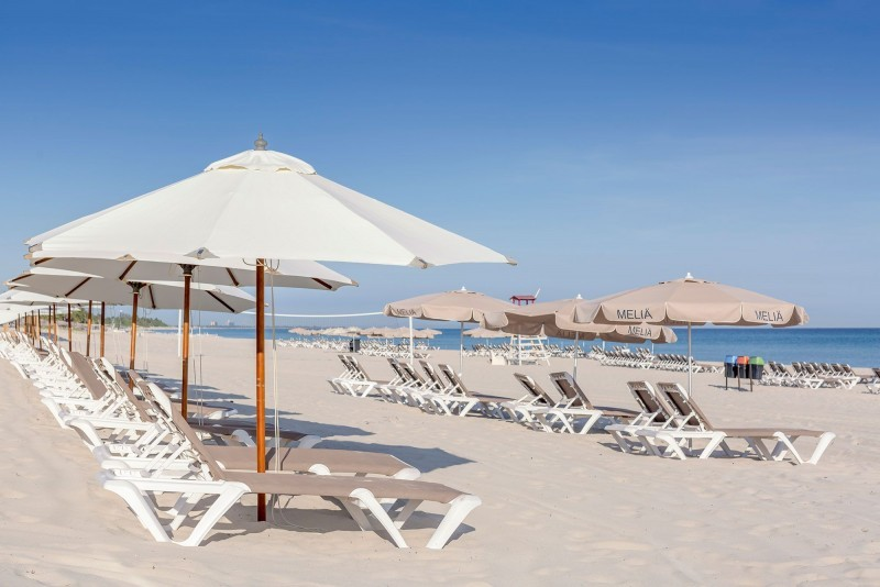 Melia Internacional Hotel Sunbeds On Beach