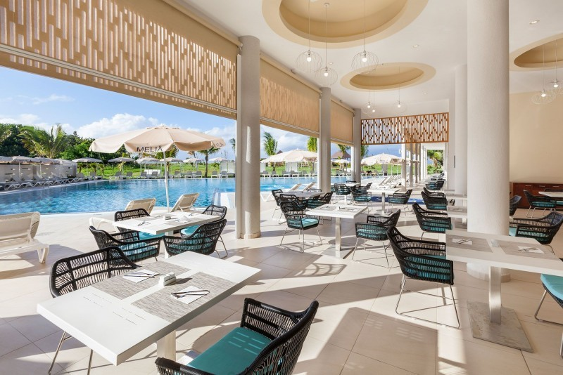 Melia Internacional Hotel The Level Pool Restaurant