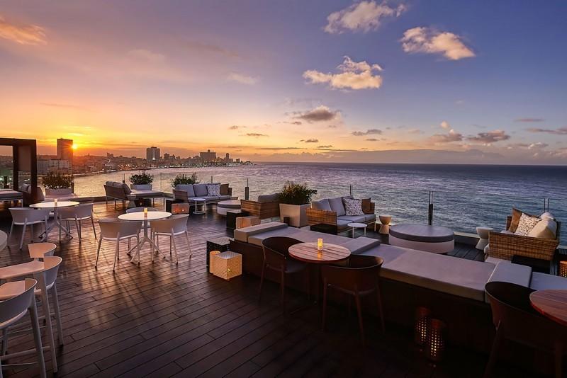Paseo del Prado Rooftop Restaurant