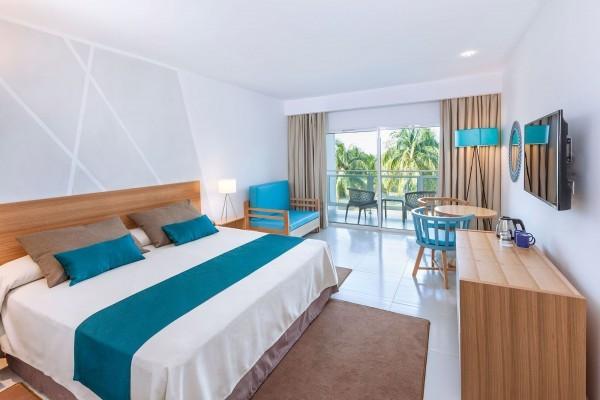 Sol Varadero Beach Superior Room Concierge Service