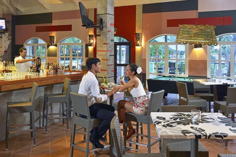 Sol Cayo Largo Music Bar