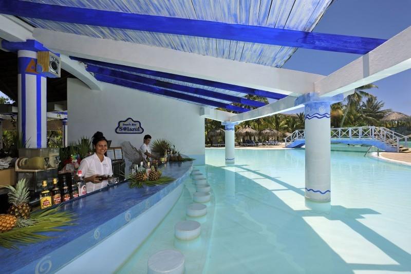 Sol Cayo Largo Pool Bar