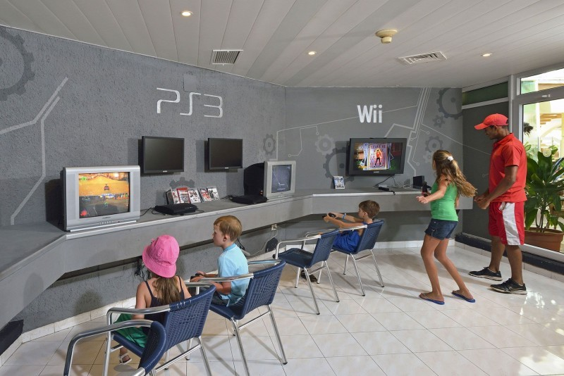 Sol Cayo Coco Hotel Children's Gaming Room