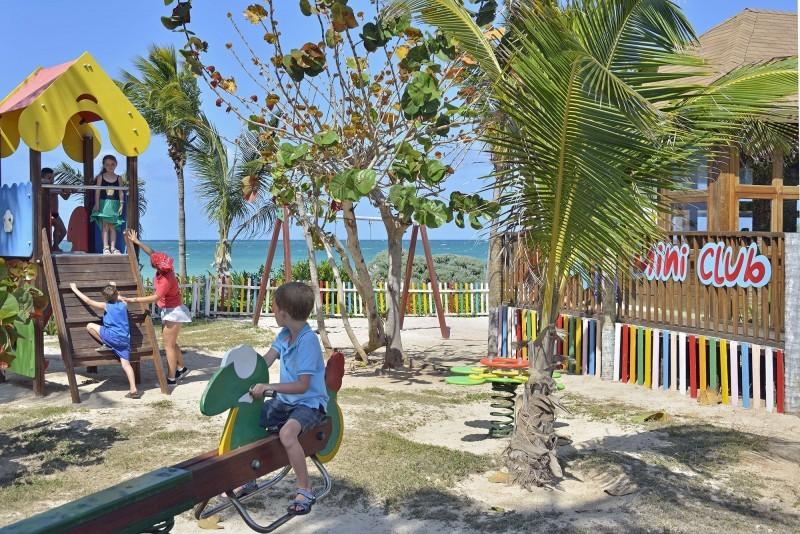 Sol Cayo Coco Hotel Children's Playground