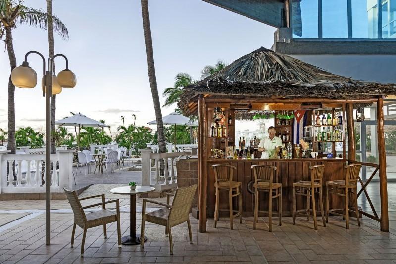Sol Cayo Coco Hotel Cocktail Bar