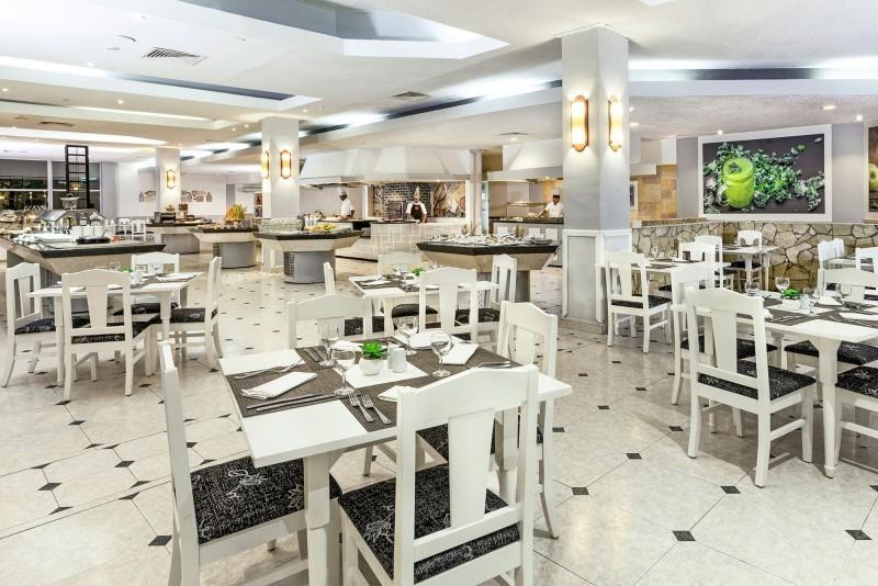 Sol Cayo Coco Hotel International Restaurant