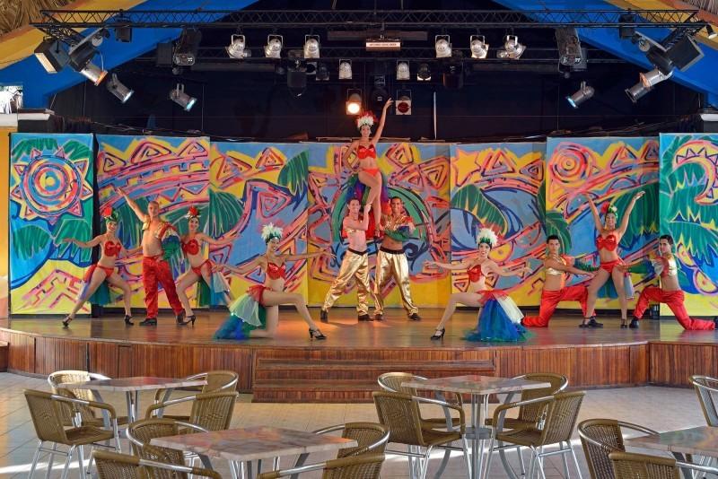 Sol Cayo Guillermo Hotel Theatre