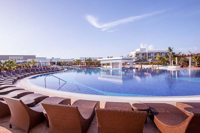 Iberostar Selection Playa Pilar Pool Bar