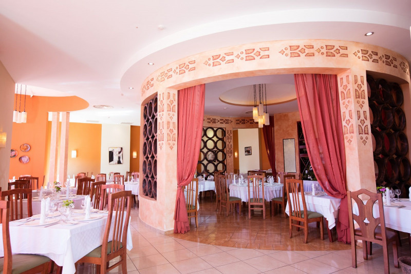 Restaurant Two