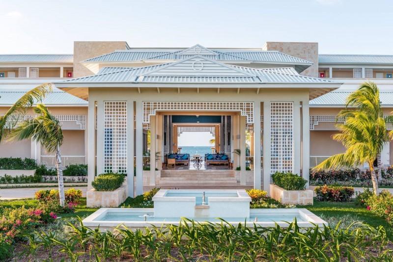 Angsana Hotel Lobby Daytime