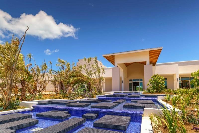 Paradisus Los Cayos, Cayo Santa Maria view of hotel entrance
