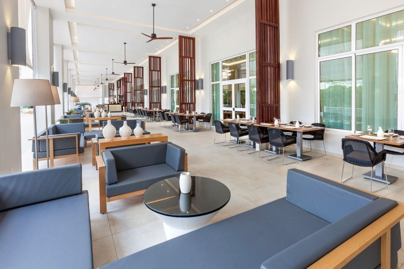 Paradisus Los Cayos Hotel Royal Service Bar