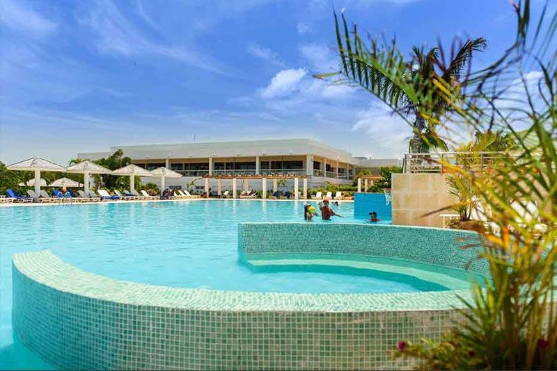 Dhawa Cayo Santa Maria Swimming Pool