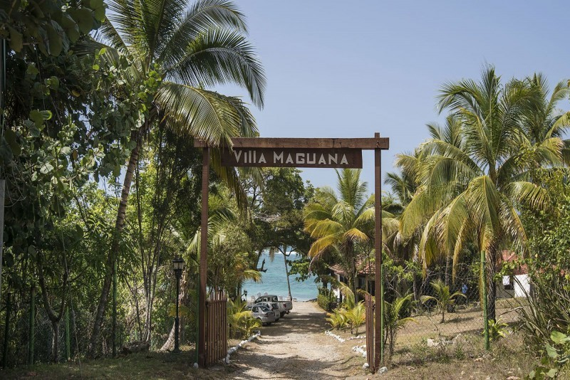 Villa Maguana Beach Entrance