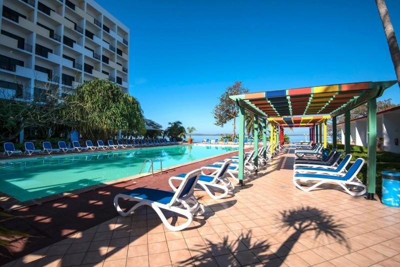 Jagua Hotel Cienfuegos Outdoor Pool