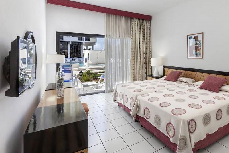 Jagua Hotel Havana Standard Room Pool View