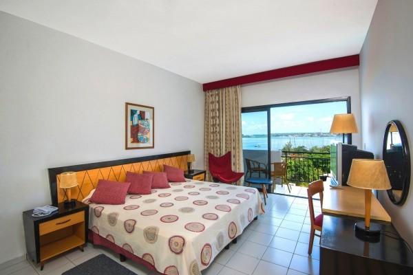 Jagua Hotel Havana Standard Room View of Sea