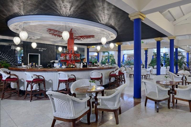 Paradisus Rio de Oro Lobby Bar