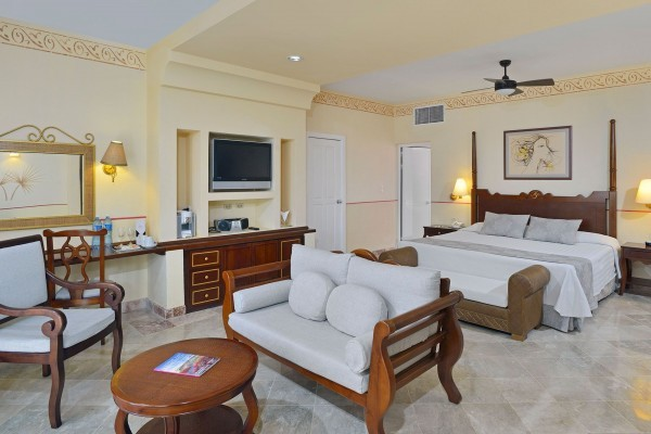 Paradisus Rio de Oro Royal Service Junior Suite