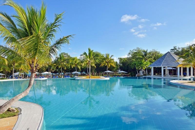 Paradisus Rio de Oro Swimming Pool